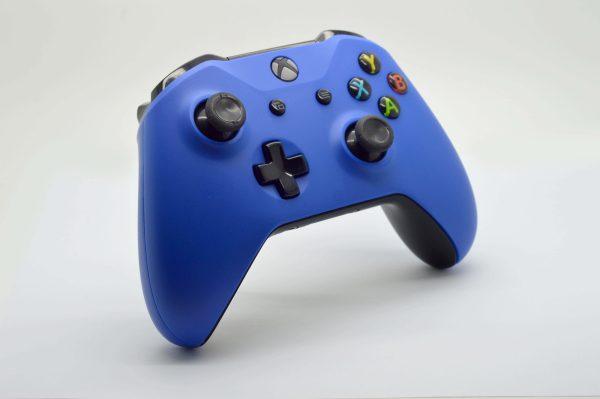 standard-blue-left