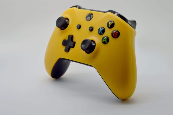 standard-yellow-right